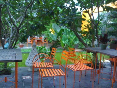 Cafe garden pool