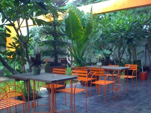 Cafe garden terrance