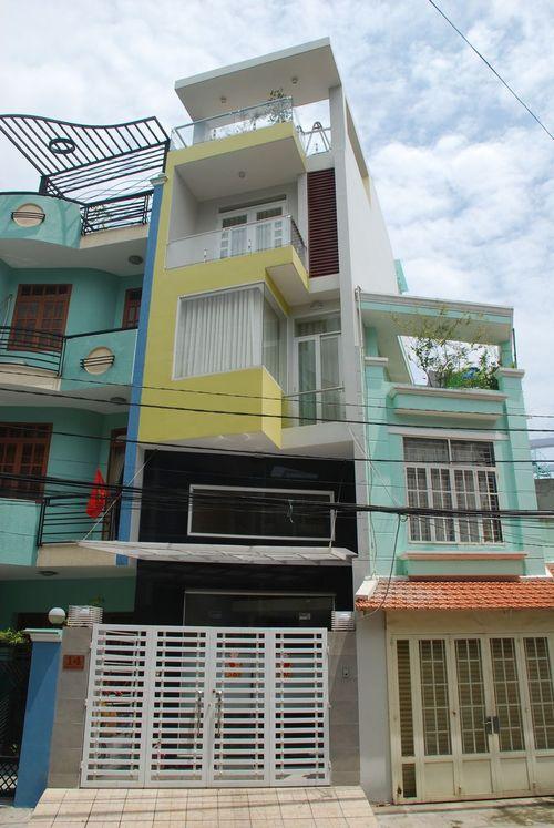 Simple Modernist House