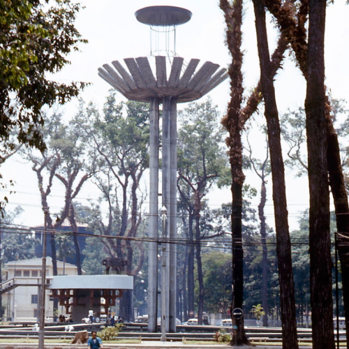 Vietnamese modernist architecture, monument, 1972