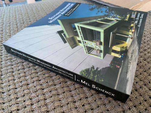 Cover Vietnamese modernist architecture book