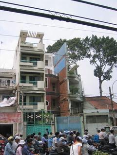 11_tube_houses
