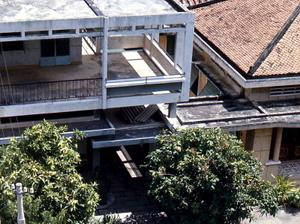 27_modernist_house_1972