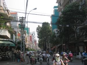Nguyen_trai_street