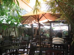 Garden_tables