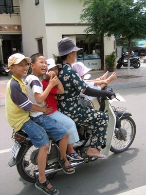 Motorbike_overload